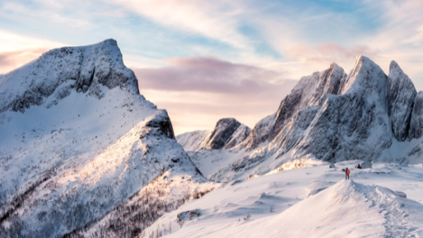 14 Amazing Mountain Photos For Winter Climbing Motivation