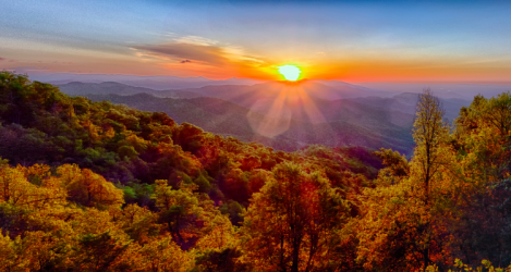 Appalachian trail mountain sunrise sunset in autumn