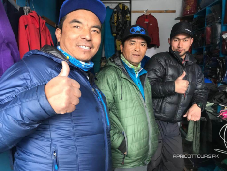 Apricot Tours last minute shopping in Askole K2 WINTER 2020